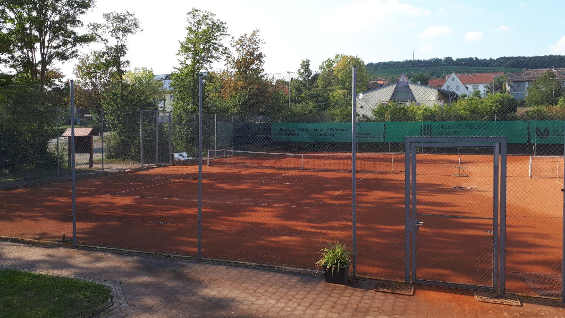 Tennis - Platz 1